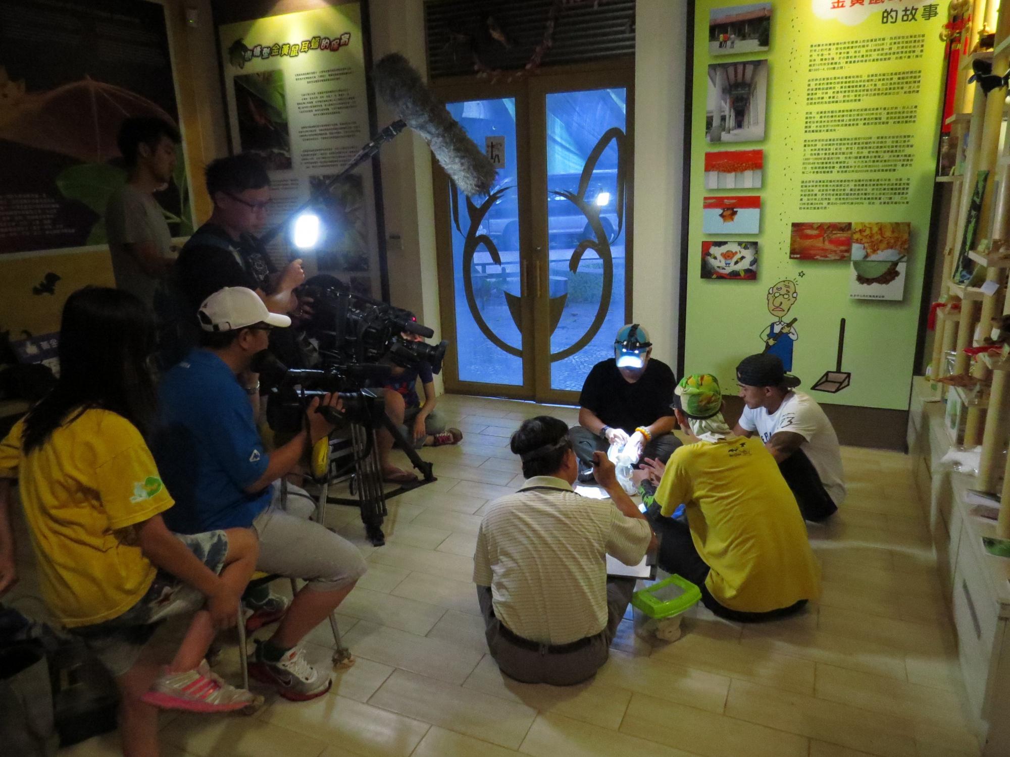 2015年5月八大電視台台灣第一等節目小馬倪子鈞採訪